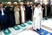 نماز عید فطر با حضور پرشور مردم خرم آباد برگزار شد