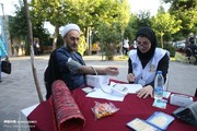 تصاویر | کنترل فشار خون در حاشیه نماز عید فطر