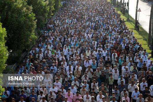 اقامه نماز عید فطر در بندرعباس