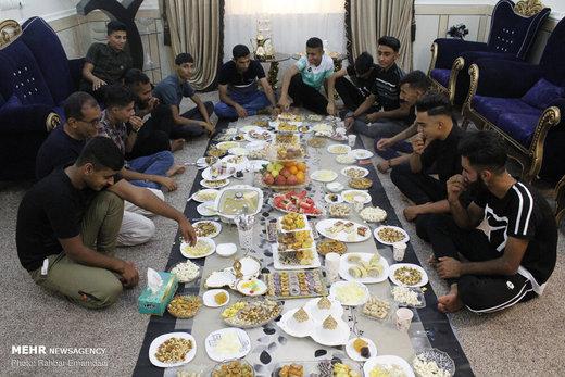 مراسم دید و بازدید مردم بندر عباس در روز عید فطر