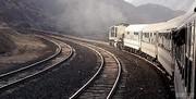 قطار اهواز هنگام مانور از خط خارج شد/ عکس
