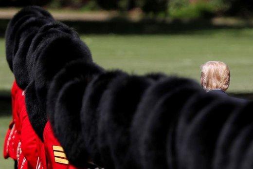 دونالد ترامپ رئیسجمهور آمریکا در مراسم استقبال در کاخ باکینگهام لندن