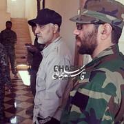 تصویری متفاوت از سردار سلیمانی در کنار شهید مدافع حرم