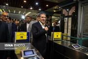 تصاویر | جهانگیری پای درد دل مردم در مترو نشست