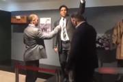 فیلم | بازدید ۲ قهرمان المپیک از مجسمه مومی جهان پهلوان تختی