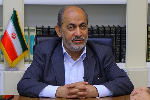 پاسخ رفیقدوست به محمد غرضی: تاریخ انقلاب را بخوانید و به دانستههای خود اکتفا نکنید