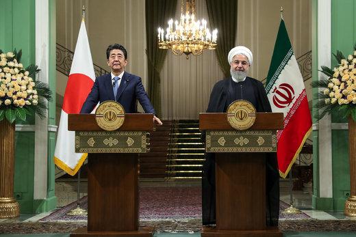 روحانی: ایران آغازگر جنگ با آمریکا نخواهد بود/ آبه: باید جلوی درگیری نظامی را گرفت