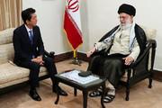 تصویری از دیدار نخستوزیر ژاپن با رهبر معظم انقلاب