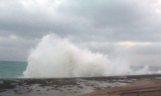 ارتفاع موج در خلیج فارس به ۲ و در دریای عمان به ۲.۵ متر خواهد رسید