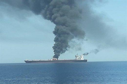 روایت سیانان از حادثه دریای عمان: نفتکشها به مین برخورد کردند