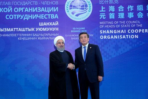 استقبال رئیسجمهور قرقیزستان از روحانی