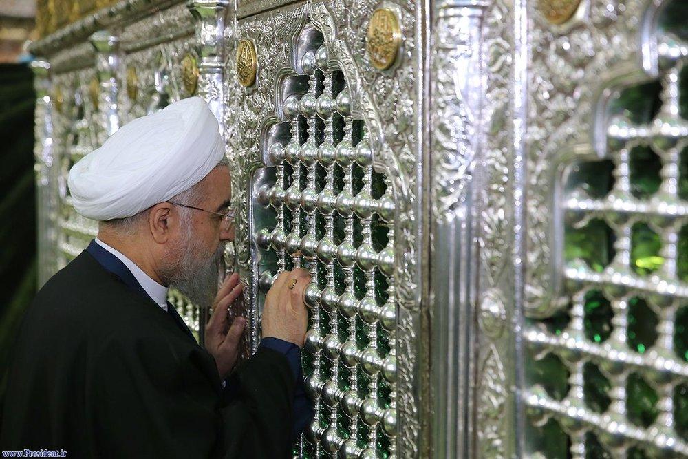 رئیس جمهور در سفر غیر رسمی به مشهد سفر کرد
