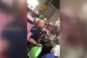 فیلم | کتک زدن زائران خانه خدا توسط ۴ سرباز سعودی