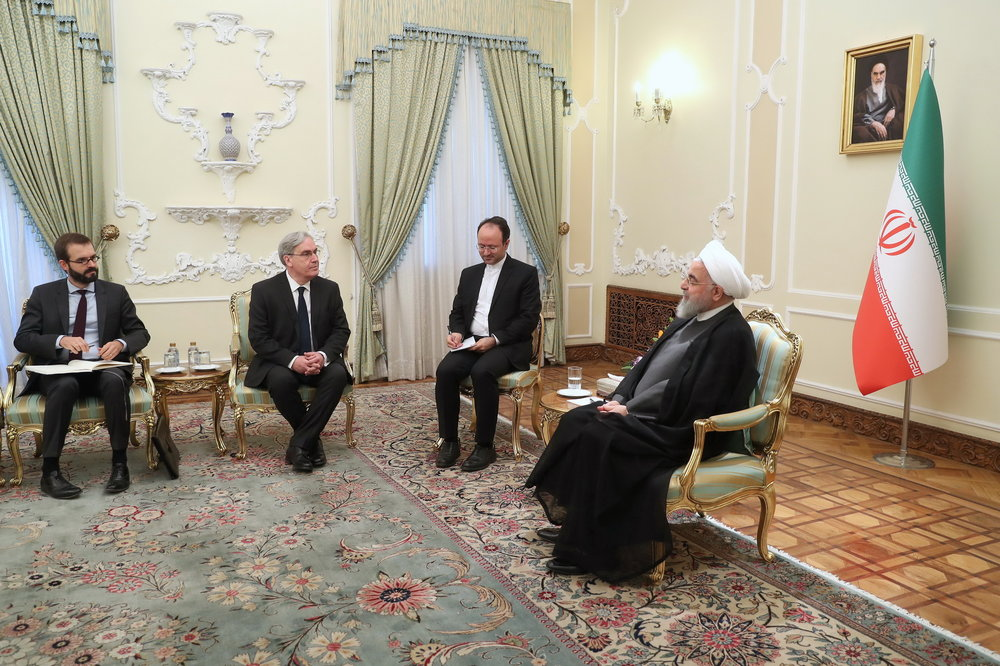 Rouhani: Demolishing JCPOA hurts Iran, France, region, world