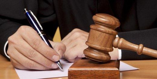 اظهارات دختر علیه پدرش در دادگاه: او قاتل مادرم است/ پدر: دروغ میگوید، چون با ازدواجش مخالفت کردم