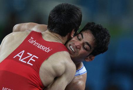 پناهندگی ورزشکاران؛ ۲ روی یک سکه