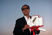 فیلم | لحظه دریافت نخل طلای «کن» توسط عباس کیارستمی