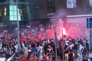 فیلم   پایکوبی استانبولیها برای انتخاب شهرداری که از حزب اردوغان نیست