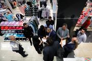 تصاویر | گشت تعزیرات در نمایندگی برند معروف خارجی پوشاک در تهران
