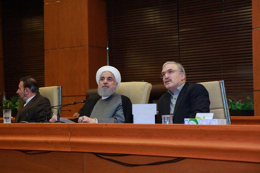 واکنش روحانی به تحریم رهبر انقلاب از سوی آمریکا/ مگر رهبری ما حساب خارجی و چند میلیون دلاری دارد؟