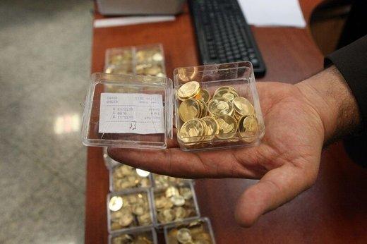 کاهش قیمت سکه با وجود گران شدن اونس جهانی طلا