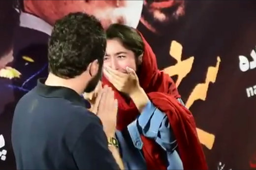 فیلم | گریه چند دختر مشهدی از دیدن نوید محمدزاده