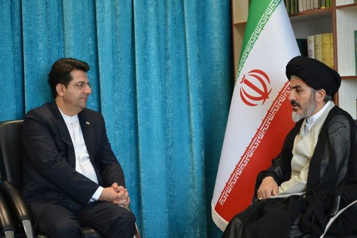 Iran expects harmony from neighboring states to stand up to US bullying