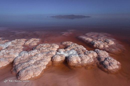 زیباییهای دریاچه ارومیه