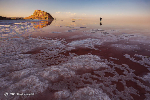 هاله حرارتی دریاچه ارومیه، ایده فرضی و شخصی نیست/ سیلهای اخیر به دلیل نبود مطالعات هیدرولوژیکی رخ داد