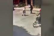 فیلم | حمله خشن زورگیران تهرانی به یک زن جوان در تهرانسر