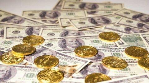 دلار آزاد ارزانتر از صرافیها/ یورو ۱۴.۴۵۰ تومان شد