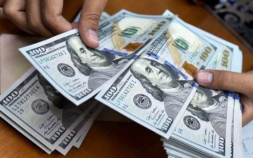 دلار پله پله عقب میرود/ یورو ۱۴.۵۵۰ تومان شد