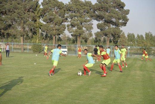 آغاز تمرینات تیم فولاد در مجموعه ورزشی الیاف