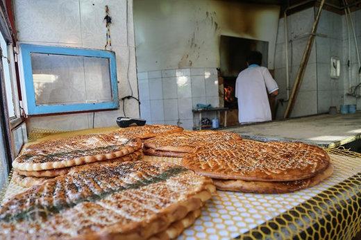 فیلم | اقدام جالب فرماندار نمین اردبیل برای تشویق نانوایان شهر!