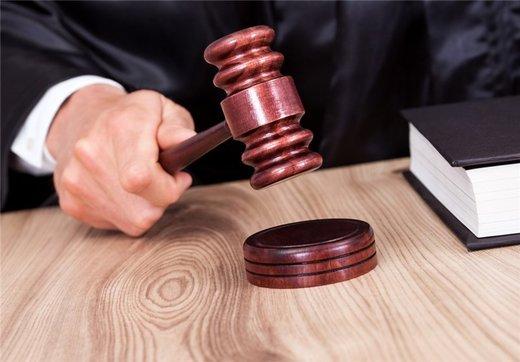 اظهارات وکیل سالار آقاخانی در گفت وگو با خبرآنلاین: او ممنوع الخروج نبود؛اگر بود به من می گفتند