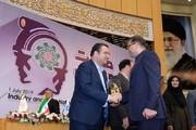 انتخاب شرکت تولیدی کلران سمنان به عنوان واحد برتر در صنایع شیمیایی کشور