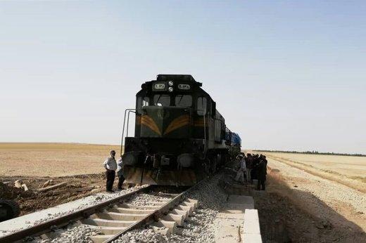 مرگ عجیب رئیس یک قطار در خوزستان/ سارقان کشتند یا به دره افتاد؟