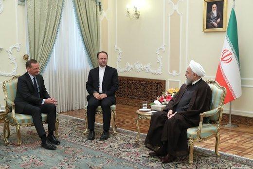 روحانی به مشاور مکرون: هدف ما اجرای کامل تعهدات طرفین برجام است