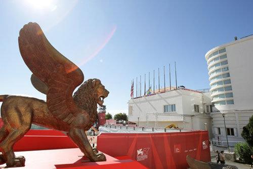 فیلم پیش افتتاحیه جشنواره ونیز مشخص شد