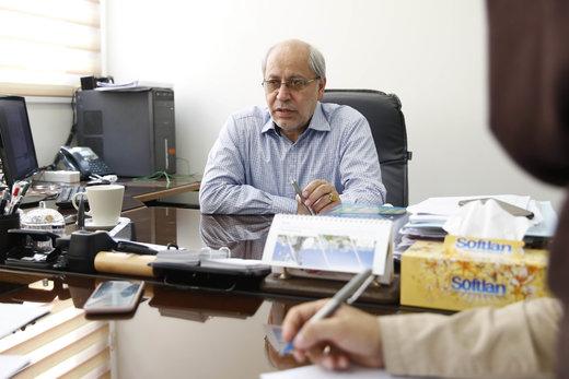 پیشنهاد مسعود نیلی برای آسیب کمتر به اقتصاد