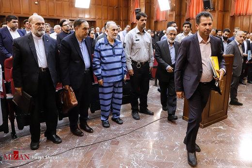 «بالش» در دادگاه قتل میترا استاد چه میکند؟/ عکس
