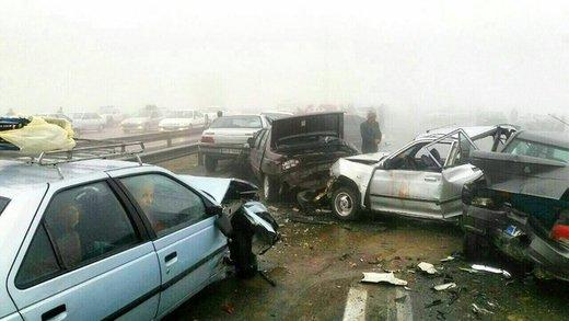 تصادف زنجیرهای مرگبار در لرستان/ دهها نفر زخمی شدند
