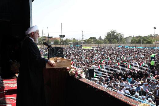 روحانی: با وجود فشارهای تحریم، به سمت خارجیها دست دراز نکردیم