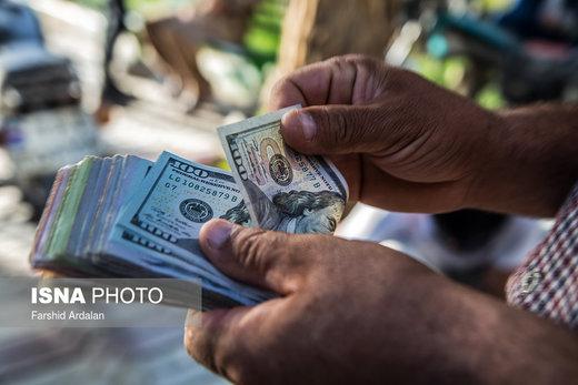 دلار به کانال ۱۰.۰۰۰ تومان نزدیک شد/ یورو ۱۳.۲۰۰ تومان