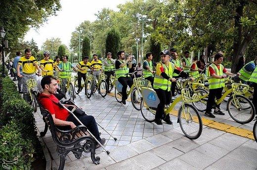 سهشنبههای بدون خودرو در کنار معلولان