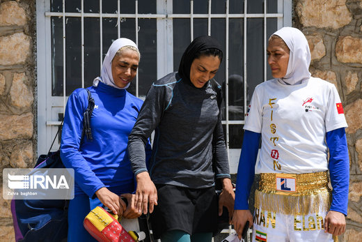 تمرین خواهران منصوریان برای حضور درمسابقات جهانی