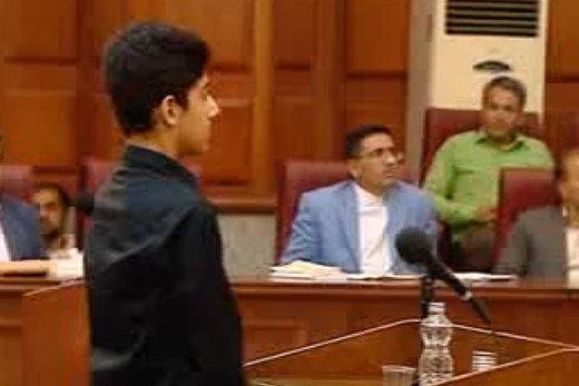 فیلم   پسر میترا استاد در دادگاه: تقاضای قصاص برای قاتل مادرم دارم!