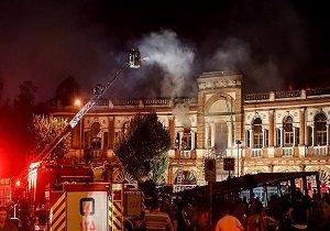 خسارات آتشسوزی؛ گنبد میراثی میدان حسنآباد فروریخت