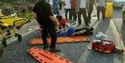تصادف اتوبوس با تریلی در جاده اصفهان-کاشان/ یک کشته و ۲۱ مجروح