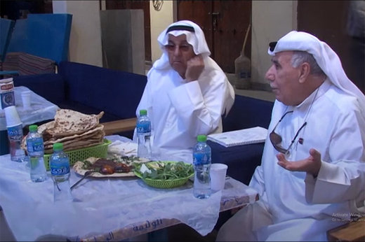 فیلم | نان تافتون ایرانی سر سفره کویتیها